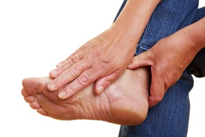 common causes of pain in ball of foot